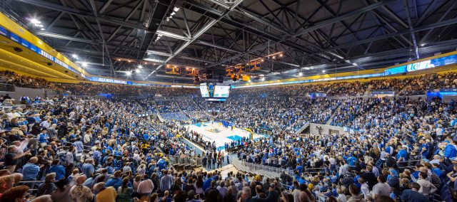 A full-house at the new Pauley Pavilion (photo: Tim Griffith/NBBJ)