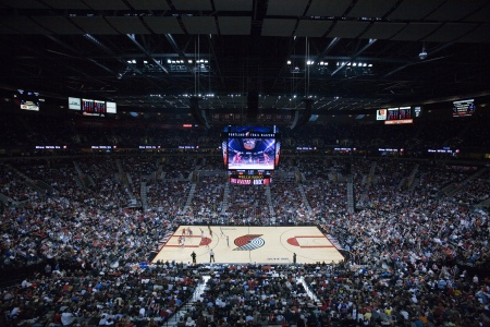 Moda Center (Photo: By Cacophony (Own work) )